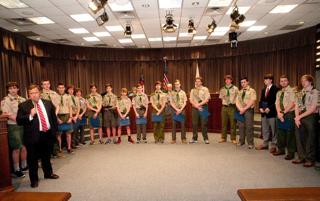 Eagle Scouts from Troop 1011 introduce themselves