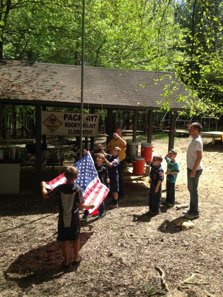 Pack 417 raises the flag