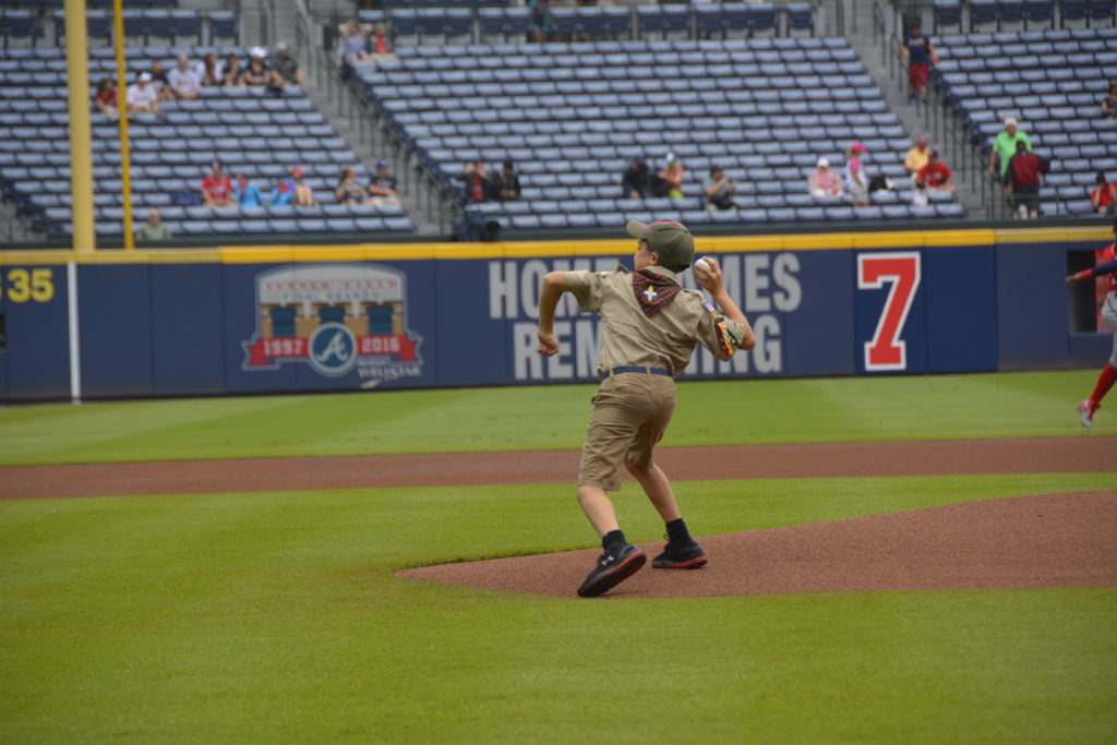 Hunter throws out the first pitch at an Atlanta Braves Game