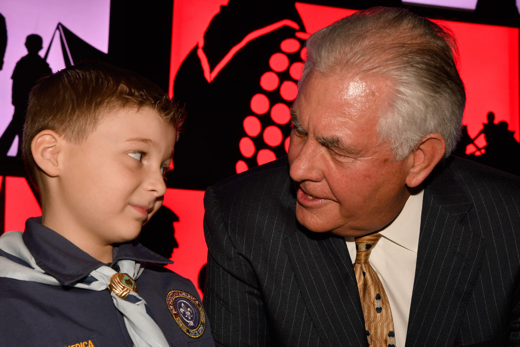 Rex Tillerson with an Atlanta Area Council Cub Scout